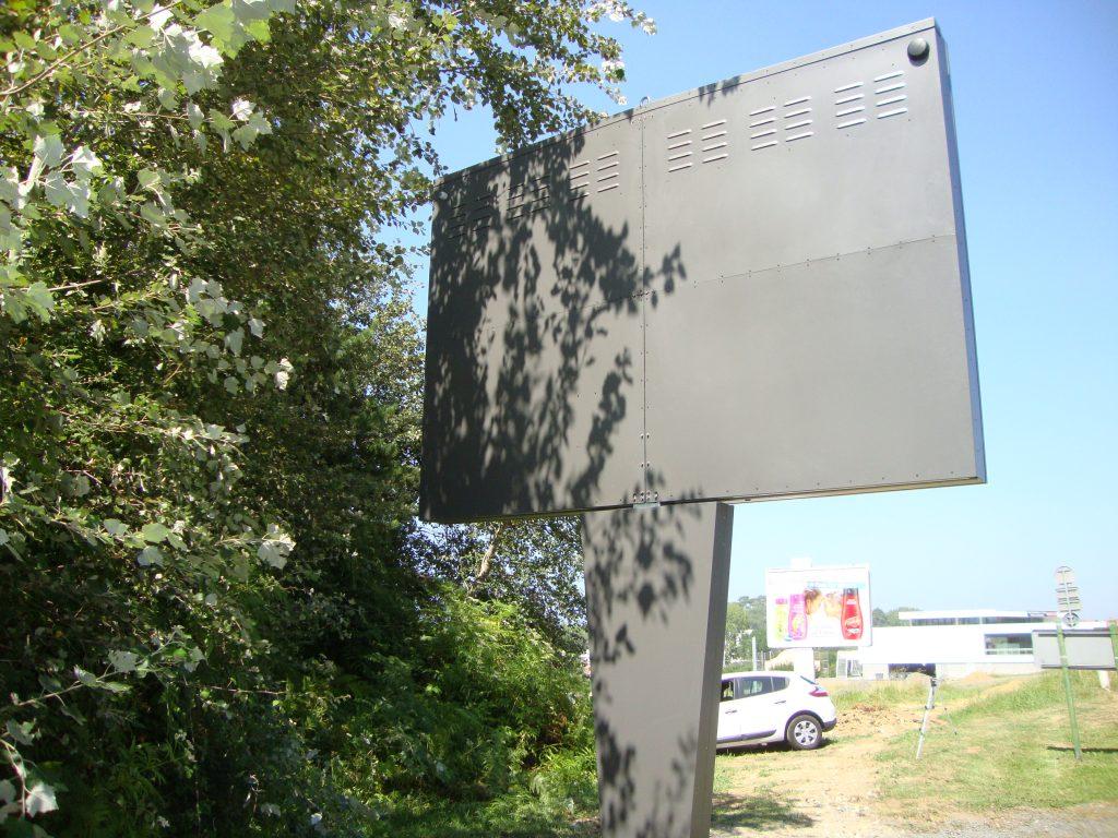 Solsystems les r alisations de solsystems for Ecran publicitaire exterieur